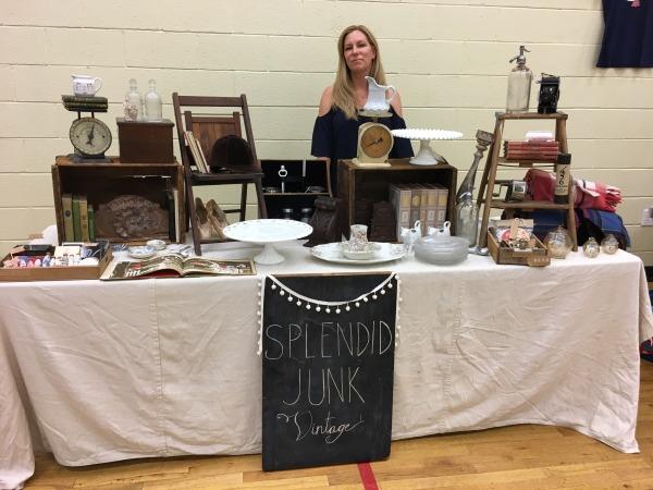Anne of Splendid Junk Vintage at the Jen Mann Big Book Tour Girls Night Out in Madison, NJ 2017 | @splendidjunk #vintage
